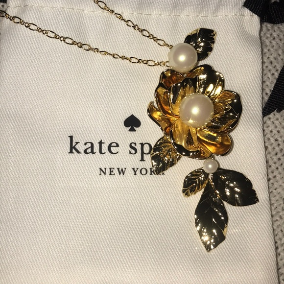 kate spade Jewelry - BNWT 🍷Kate ♠️ Lustrous imitation pearls necklace